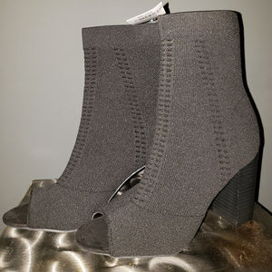 Shoes - Women Open Toe Boots